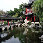 Bersantai dan Menghabiskan Waktu di Taman Yu Yuan Shanghai