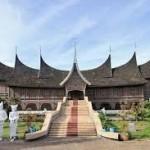 10 Tempat Wisata yang Wajib Dikunjungi di Sumatera Barat
